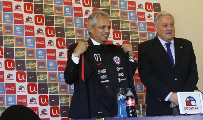 Fútbol de Chile despide a técnico Reinaldo Rueda y busca DT