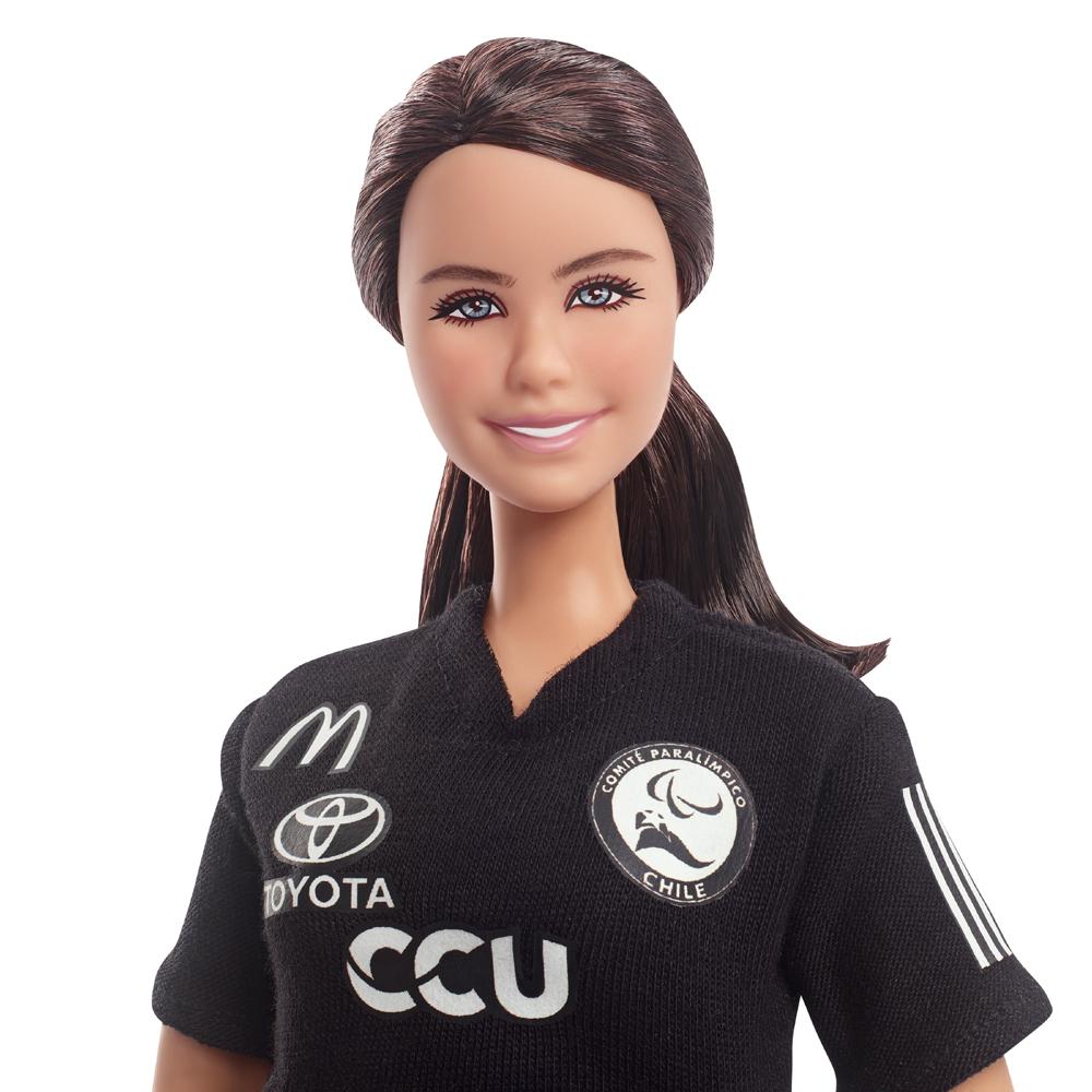 Lanzadora Paralímpica Fran Mardones es la primera chilena en inspirar una Barbie